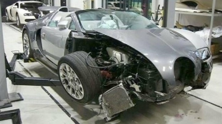 Crashed Bugatti Veyron Grand Sport Resting in French Dealership