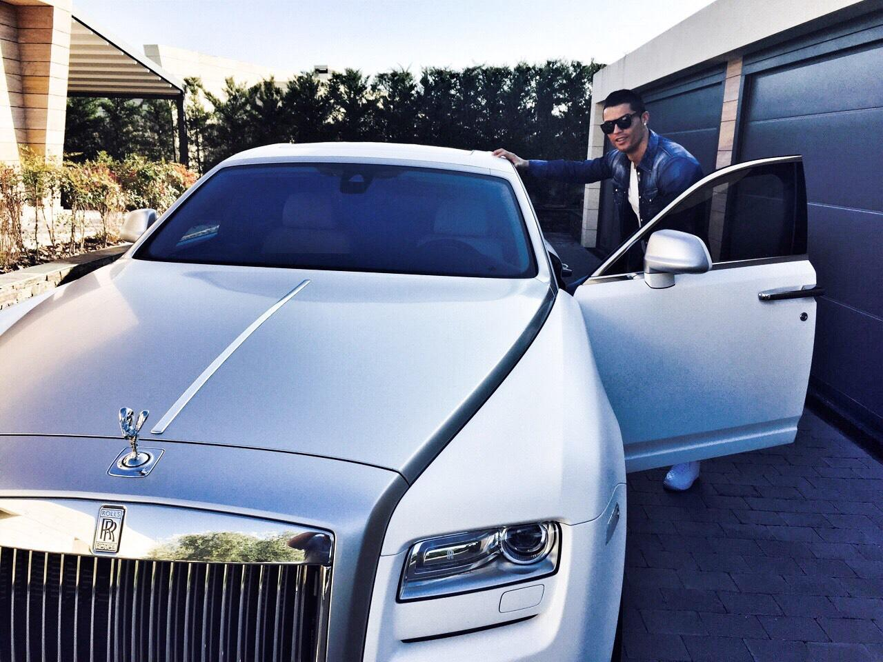 Lionel Messi Ine House Cars Luxurious Lifestyle Worth