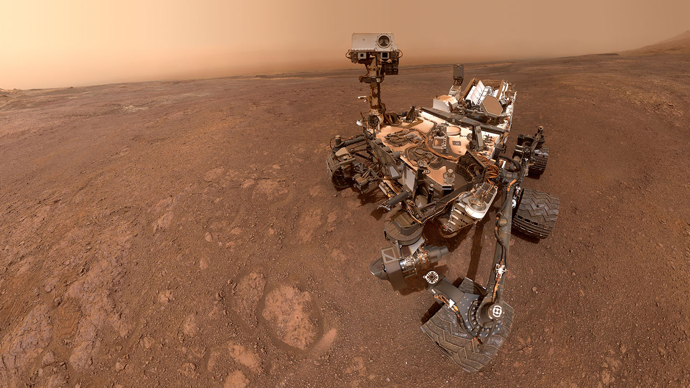 Curiosity Sends Back New Selfie from Mars, Pack Its Bags ...