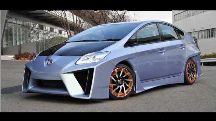 custom toyota prius looks like a lamborghini veneno autoevolution. Black Bedroom Furniture Sets. Home Design Ideas
