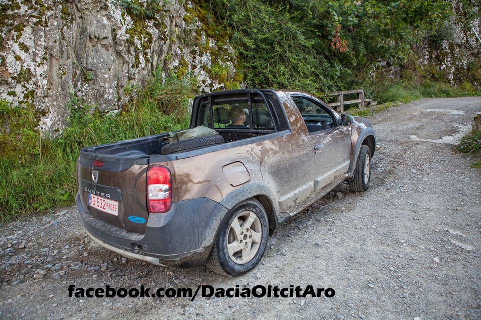 dacia duster 2 door pick up prototype spied in romania. Black Bedroom Furniture Sets. Home Design Ideas