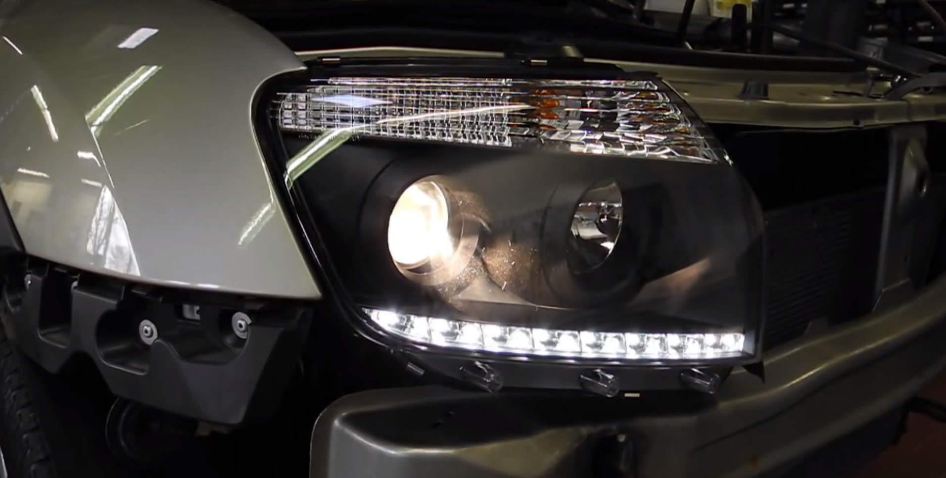 Dacia Duster Gets Aftermarket Headlights With Integrated