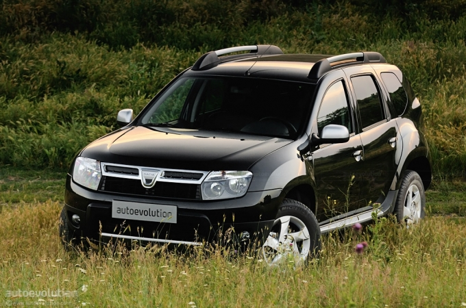 dacia duster tops 35 500 orders autoevolution. Black Bedroom Furniture Sets. Home Design Ideas