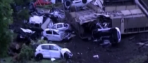 Dacia Train Derails in Austria, 200 Cars Destroyed [Video]
