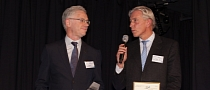 Daimler AG and Renault-Nissan Alliance Receive Award for Cooperation