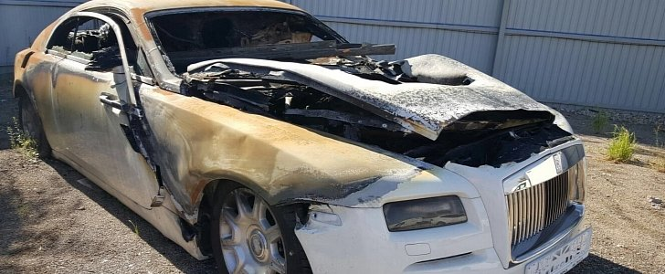 Fire Damaged Rolls Royce Wraith Selling For 40 000