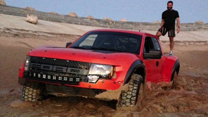 Dan Bilzerian Almost Buries A Ford Raptor Just For Fun Autoevolution