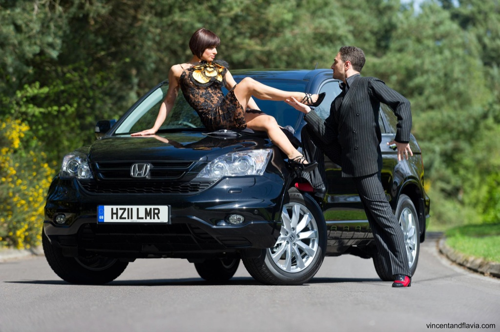 dancing stars vincent and flavia take the honda cr v on uk. Black Bedroom Furniture Sets. Home Design Ideas