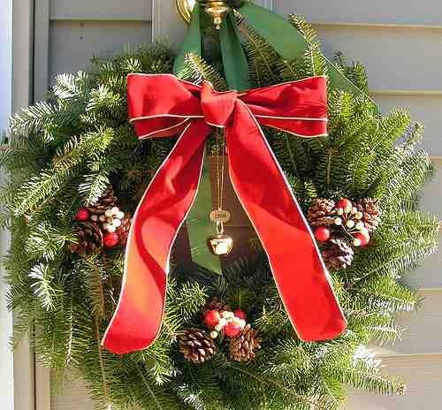 Battery Powered Christmas Wreaths
