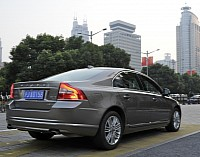 Volvo S80L, driving in Shanghai, China