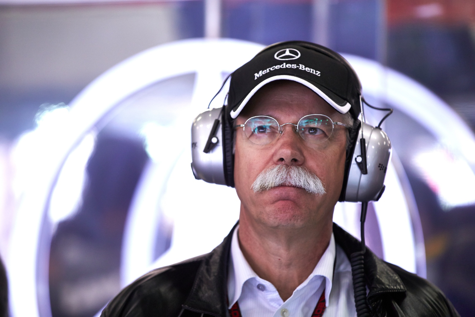 Dieter Zetsche Doesn T Think About His Successor Yet