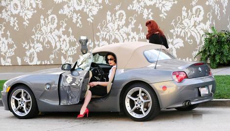 Dita Von Teese Is Teasing In A Bmw Z4 Autoevolution
