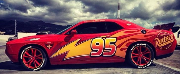 Dodge Challenger Gets Lightning Mcqueen Wrap For Muscle Glory Autoevolution