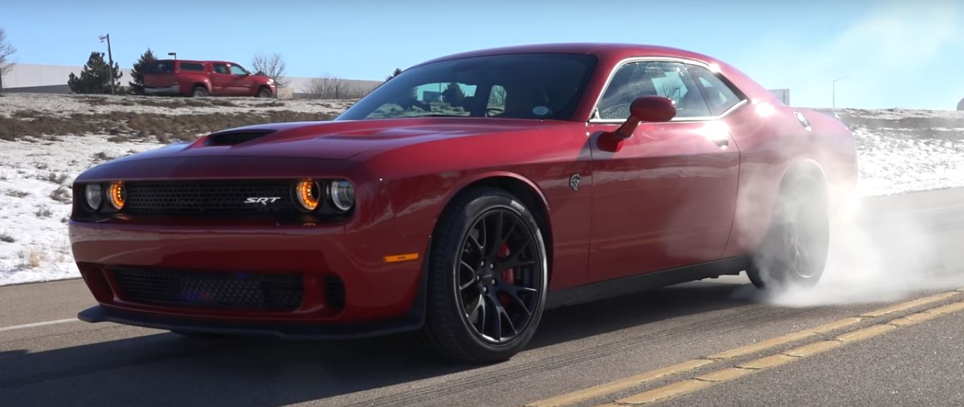 0 To 60 Mph Brawl Involving A Dodge Challenger Hellcat And 2017 Mercedes Amg C63 S Coupe 4 Photos