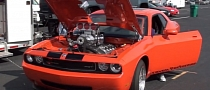Supercharged Dodge Challenger SRT8: the Sound of Evil [Video]