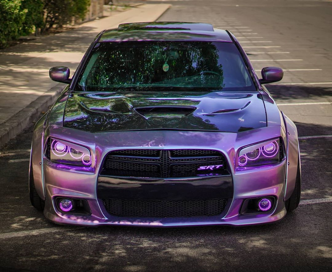 Dodge Charger Srt8 Plum Swayze Looks Extra Thicc Autoevolution