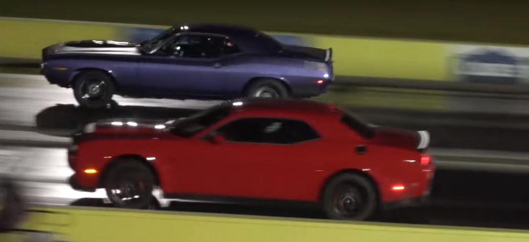 Dodge Demon Drag Races Hemi 'Cuda, America Wins - autoevolution