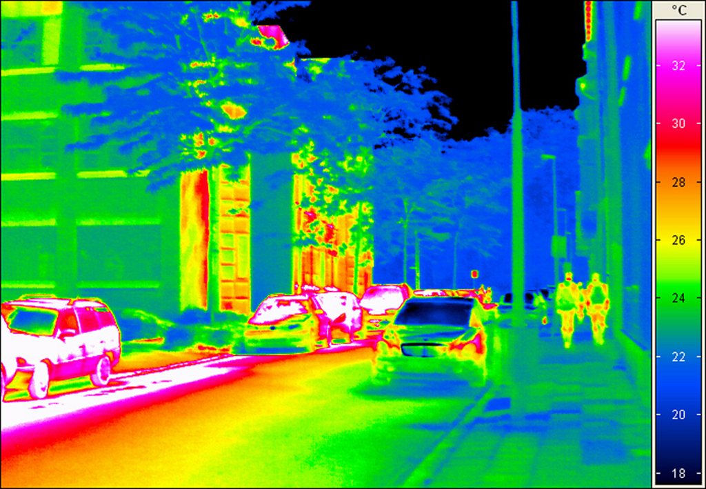 Night Vision for Drivers: Uncooled Infrared Cameras - autoevolution