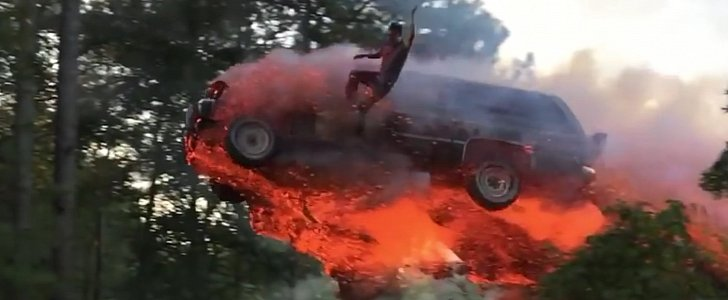 Don't Set Your Car on Fire and Jump It into a Lake. This Guy Has Done It for You - autoevolution