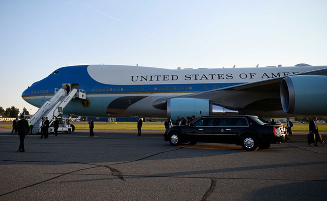Donald Trump: New Air Force One Will Be Red, White, and Blue
