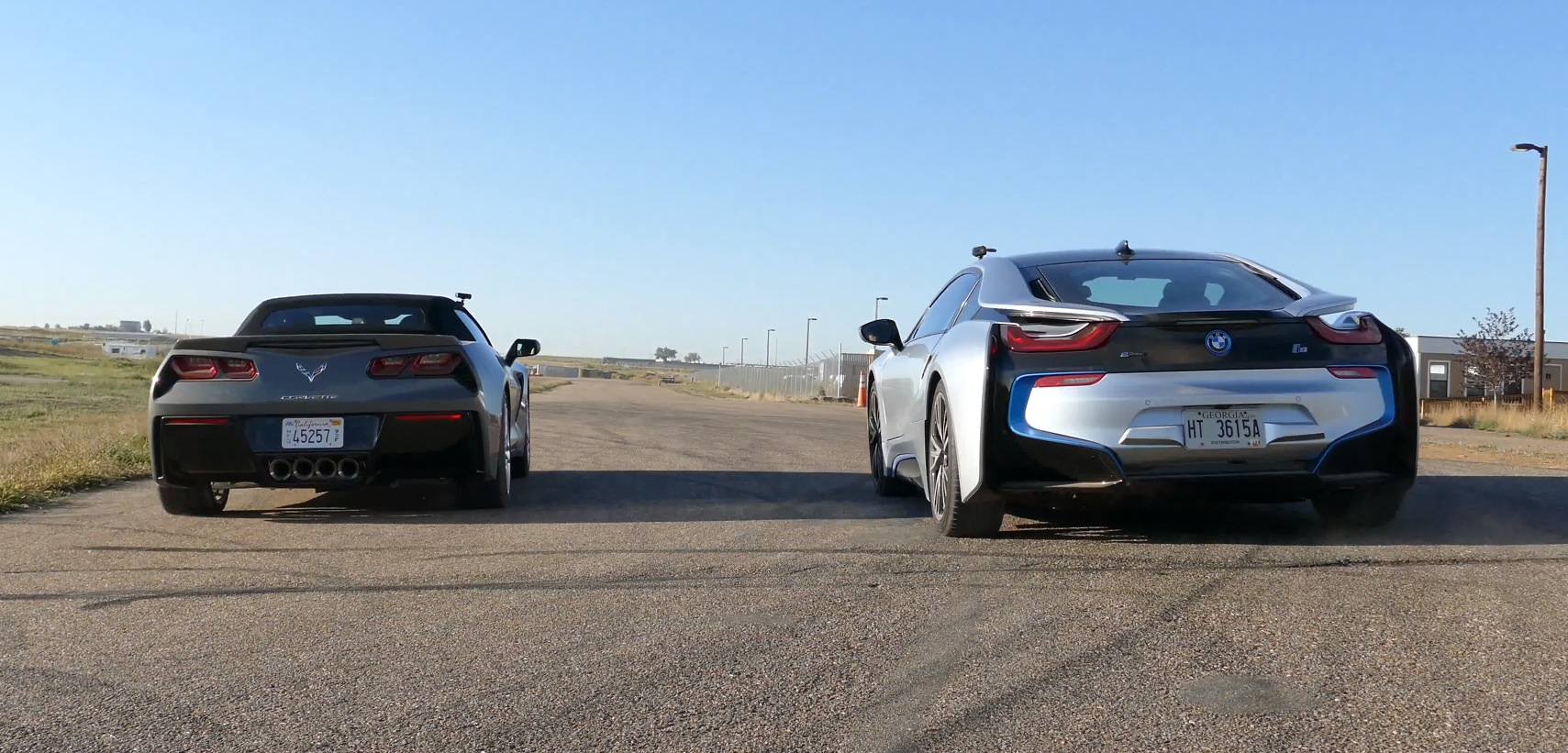 Drag Race Bmw I8 Vs Chevrolet Corvette Stingray Convertible