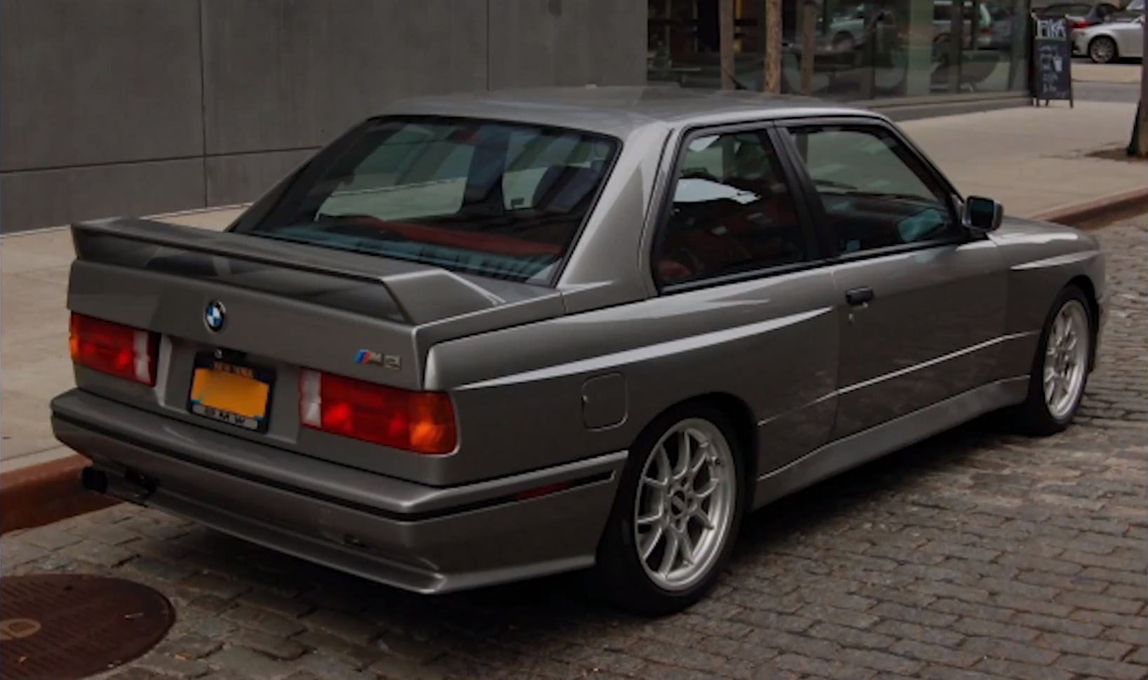 Drive asks if the bmw e30 m3 is overrated autoevolution
