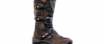 Dual-Sport Boots Can Be Beautiful: Forma Adventure