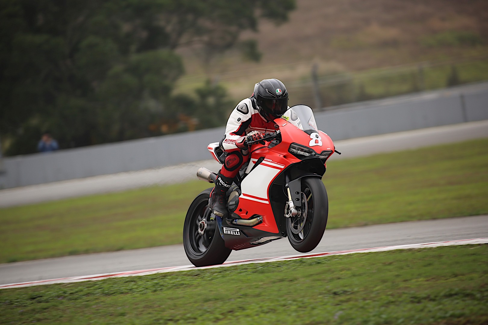ducati 1299 superleggera winning along superbikes in zuhai