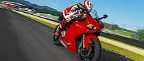 Ducati 899 Panigale Price Announced, First Commercial Surfaces [Video]