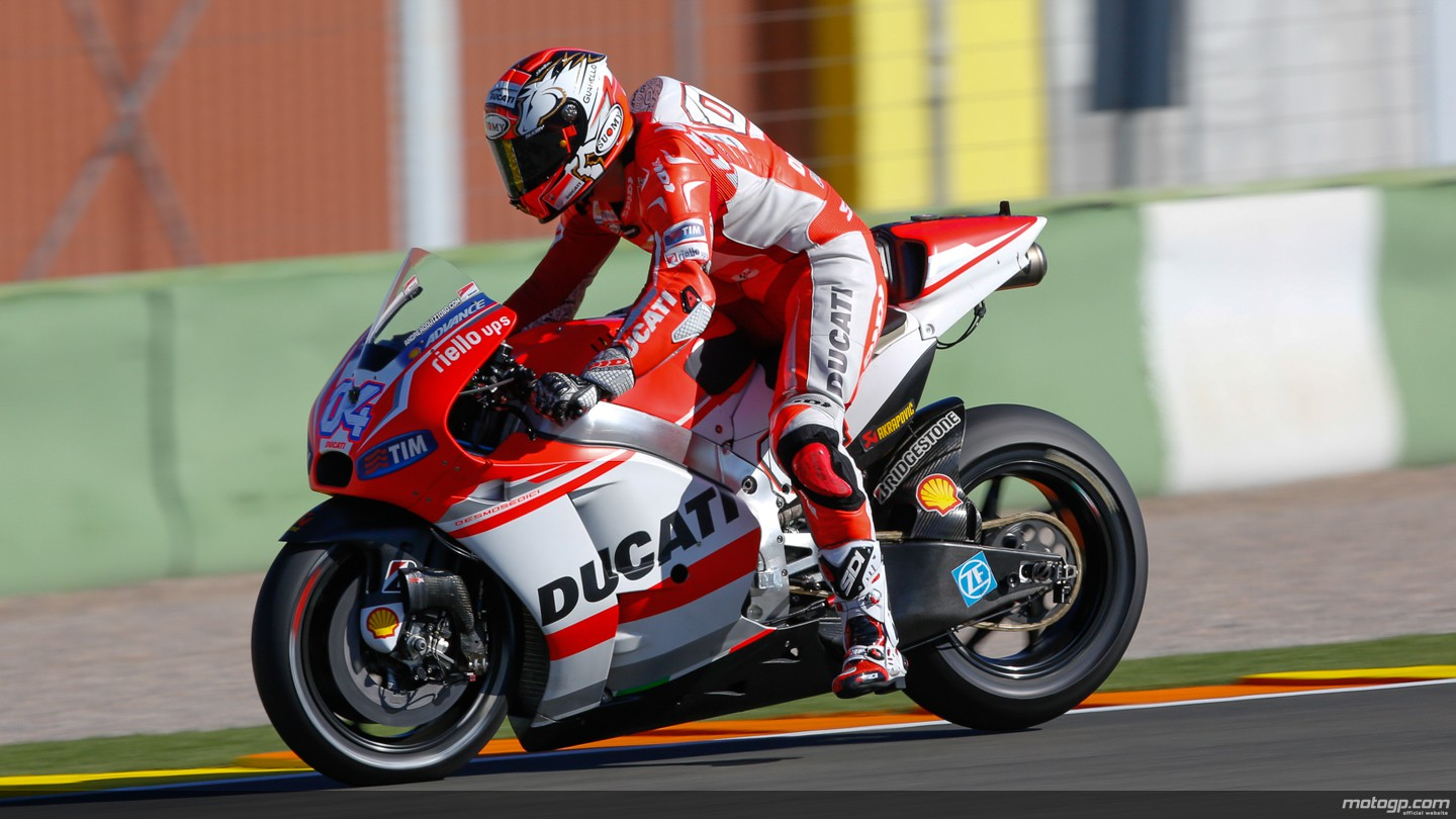 Ducati Blows the Jerez Records to Smithereens, Faster than both Lorenzo and Marquez - autoevolution