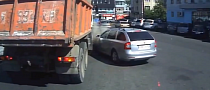 Dump Truck Steps on Nosy Skoda: Didn't See You There [Video]