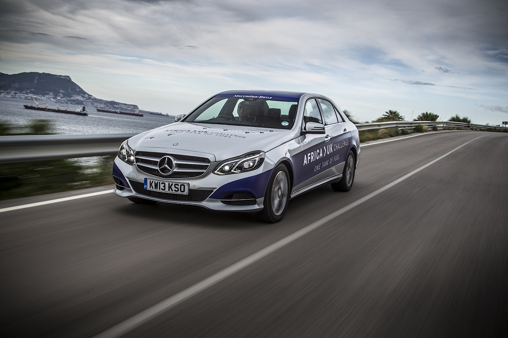 E class goes from africa to the uk without refueling for Mercedes benz assistance