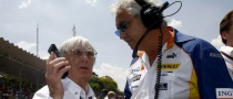 "Ecclestone: ""F1 Crisis is About Power"""