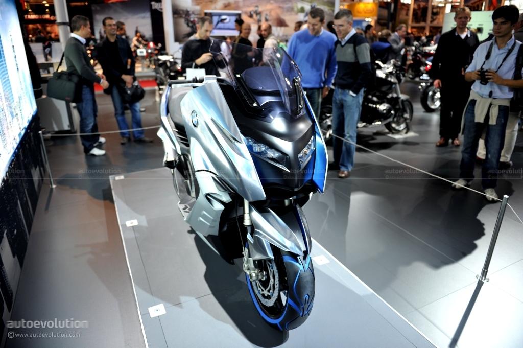 EICMA 2010: BMW Concept C [Live Photos] - autoevolution