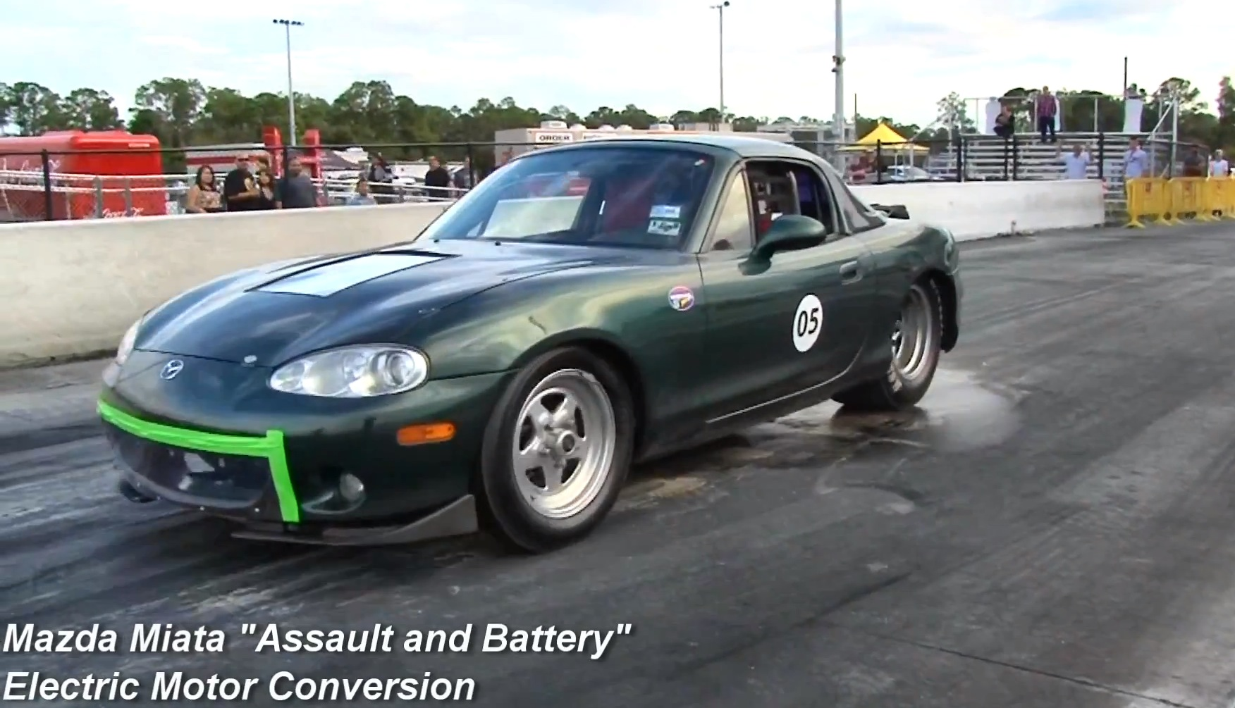 New Mazda Miata >> Electric Mazda MX-5 Humiliates Tesla Model S in Drag Race - autoevolution