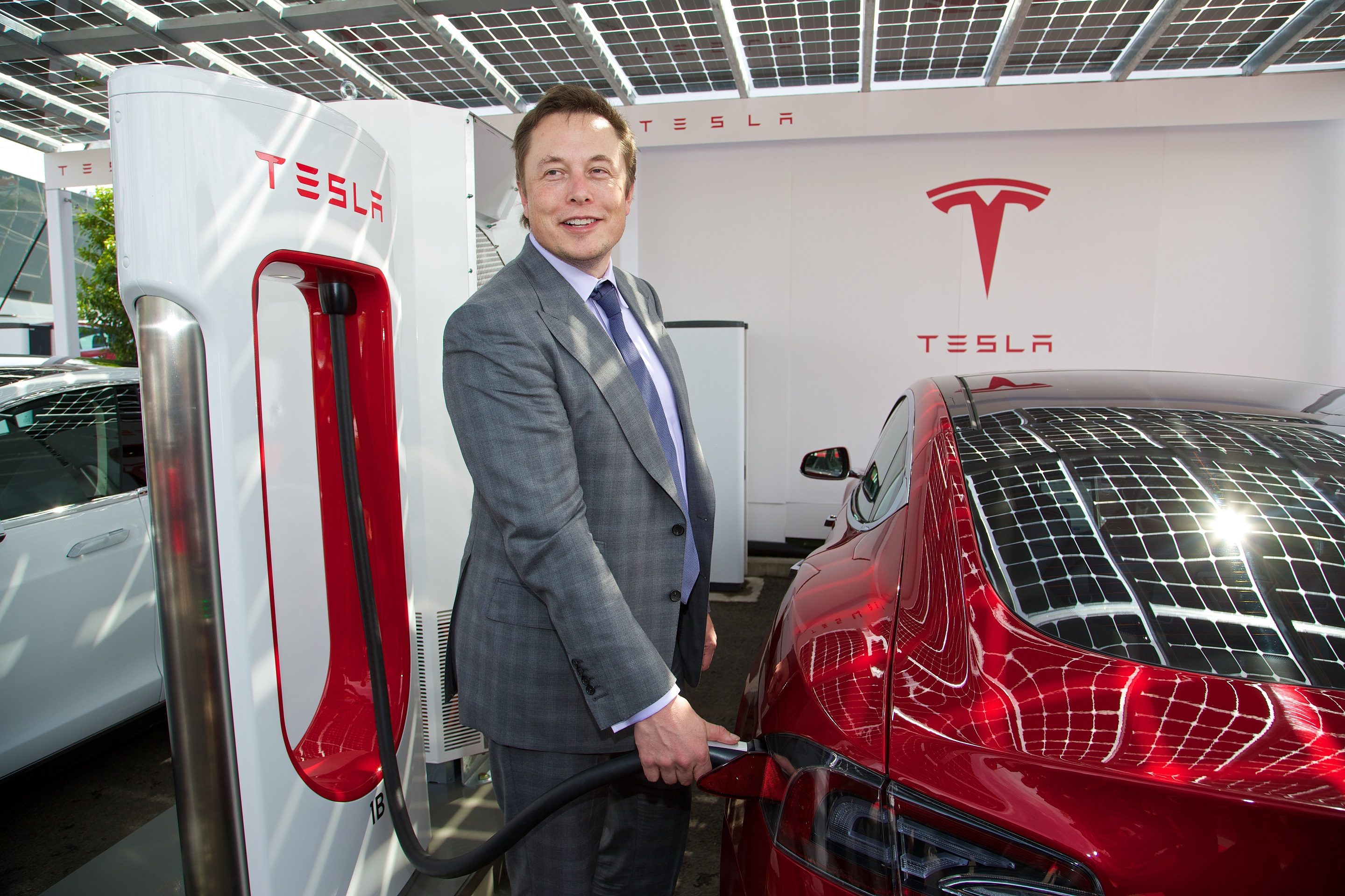 Elon Musk Bought More Tesla Motors Shares He S Basically