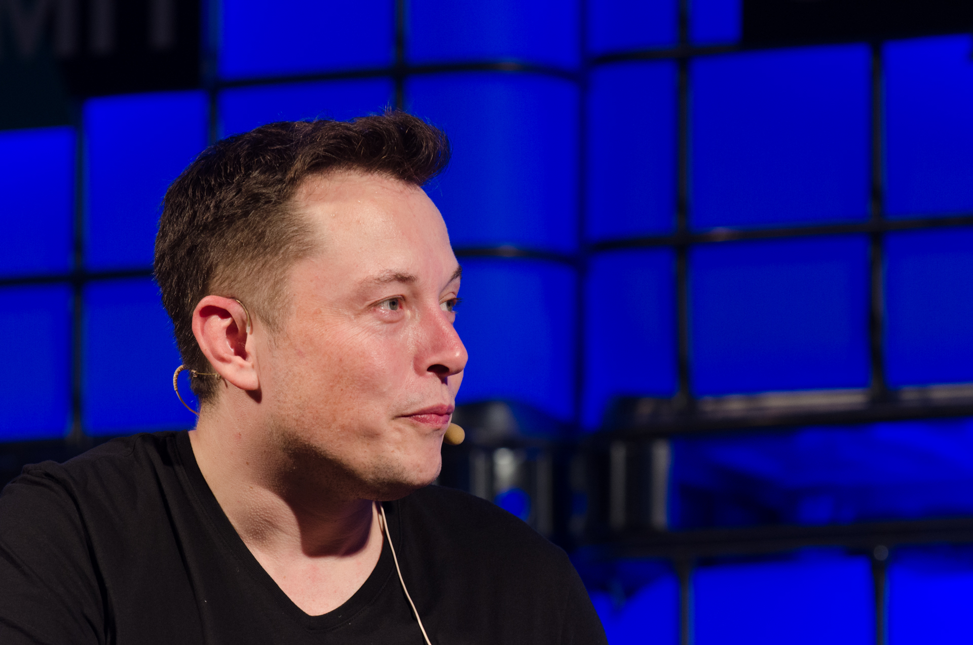 Elon Musk Calls The Journalists Who Criticize The