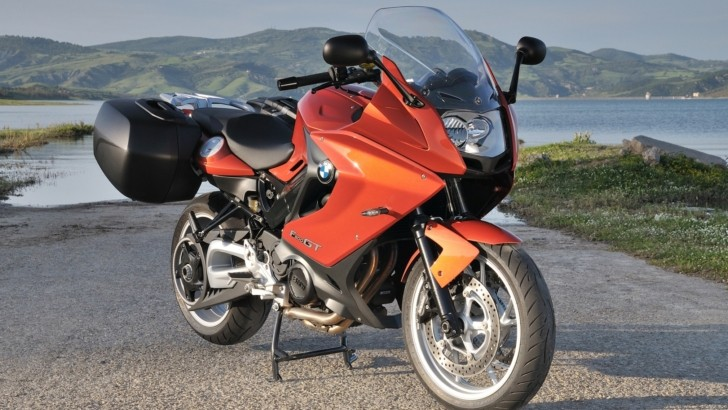 Enter 2013 BMW F800GT Is the Middleweight Tourer [Photo Gallery]