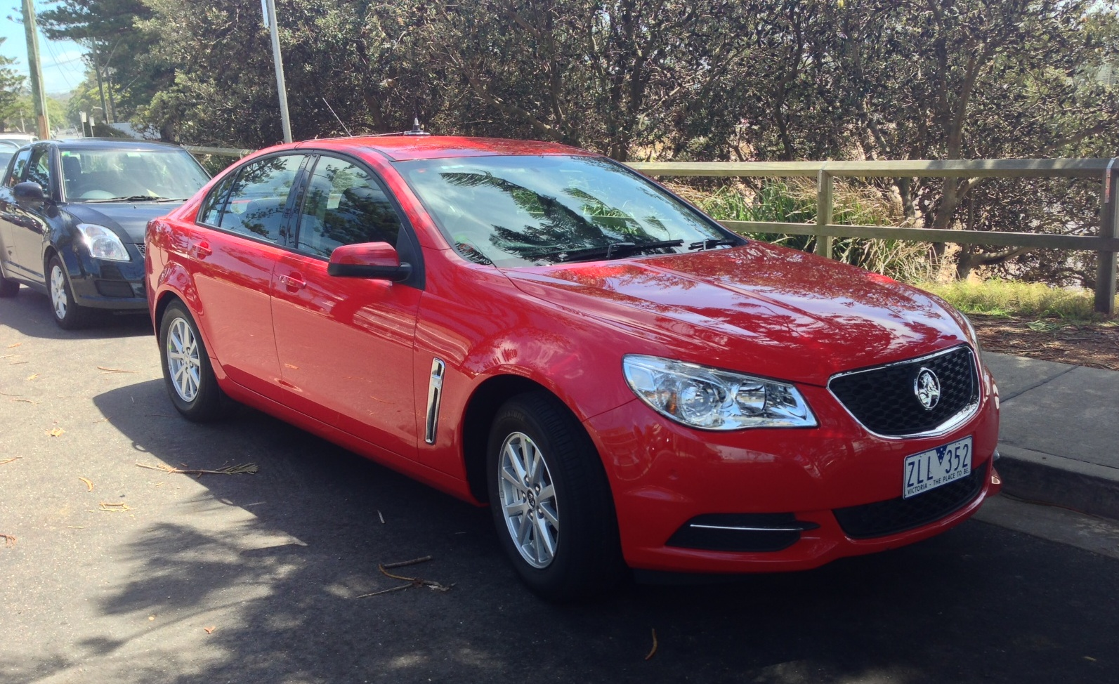 entrylevel holden vf commodore spotted autoevolution