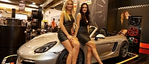 Essen 2013 Girls: Legs for Days [Live Photos]