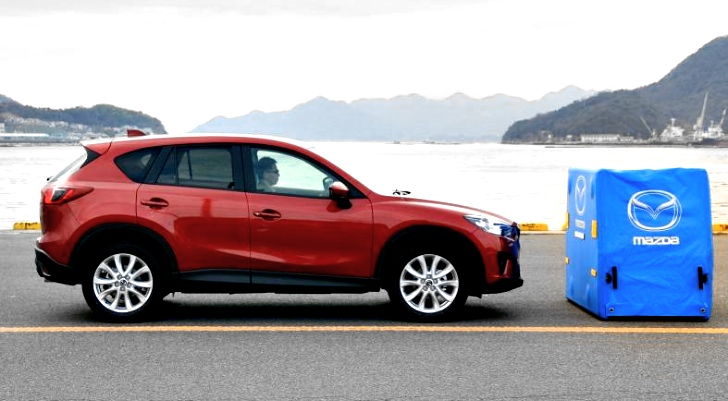 euro ncap praises mazda cx 5 for standard fit safety. Black Bedroom Furniture Sets. Home Design Ideas