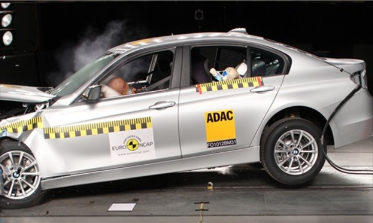 Euro NCAP Says BMW 3-Series Is the Safest Large Family Car