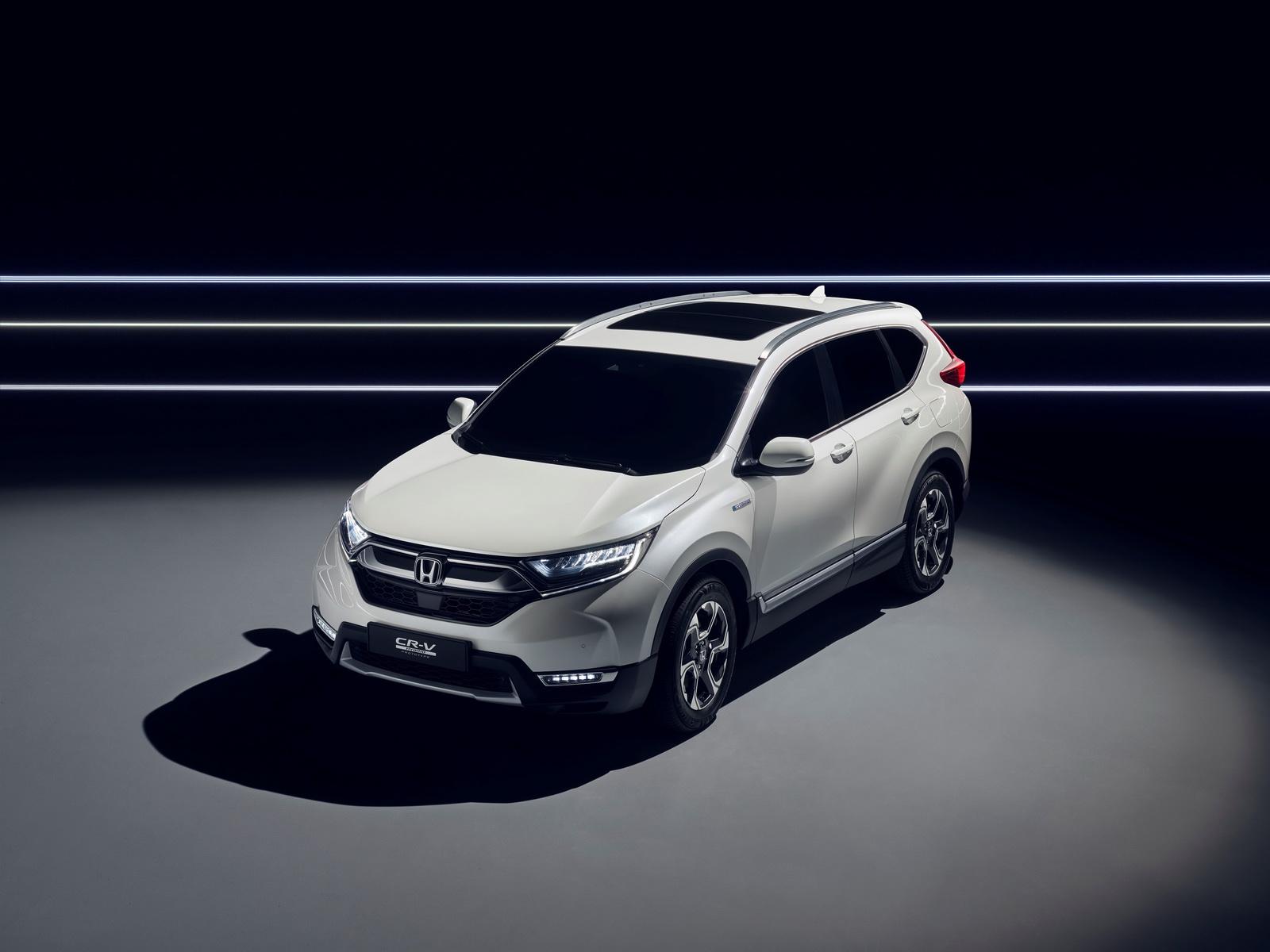 Honda CR-V hybrid leads new line-up for VW Tiguan rival