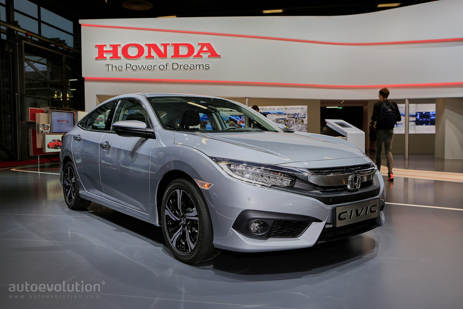 European 2017 Honda Civic Sedan Is Better Than A Jetta In Paris