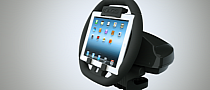 Ever Wanted a Racing Wheel for Your iPad? The KOLOS Is for You, Then! [Video]