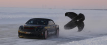 Extreme Bentley Supersports Convertible Takes Speed Record on Sheet Ice