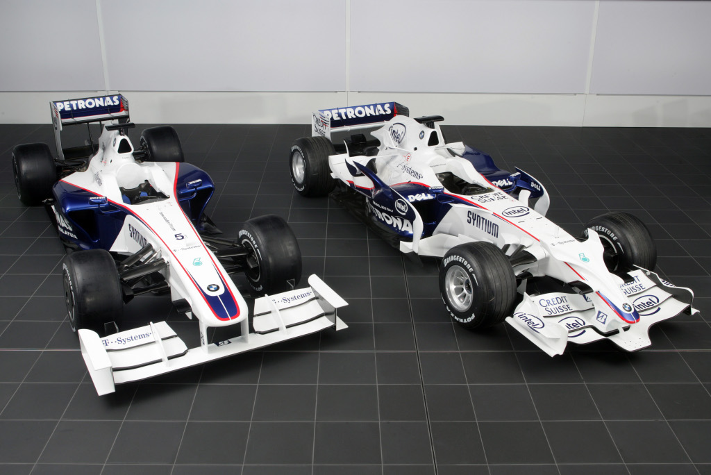 Aerodynamic differences between the BMW Sauber F1.08 (right) and ...