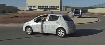 Facelifted Toyota Yaris Captured Again [Video]