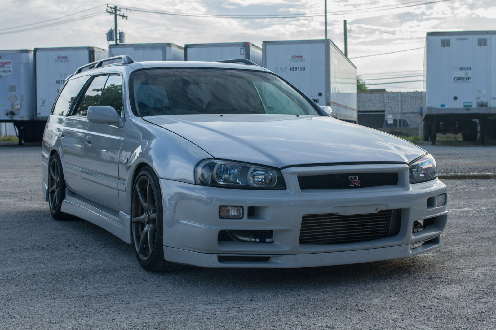 Fake R34 Nisan GT-R Wagon for Sale Is Based on JDM Stagea