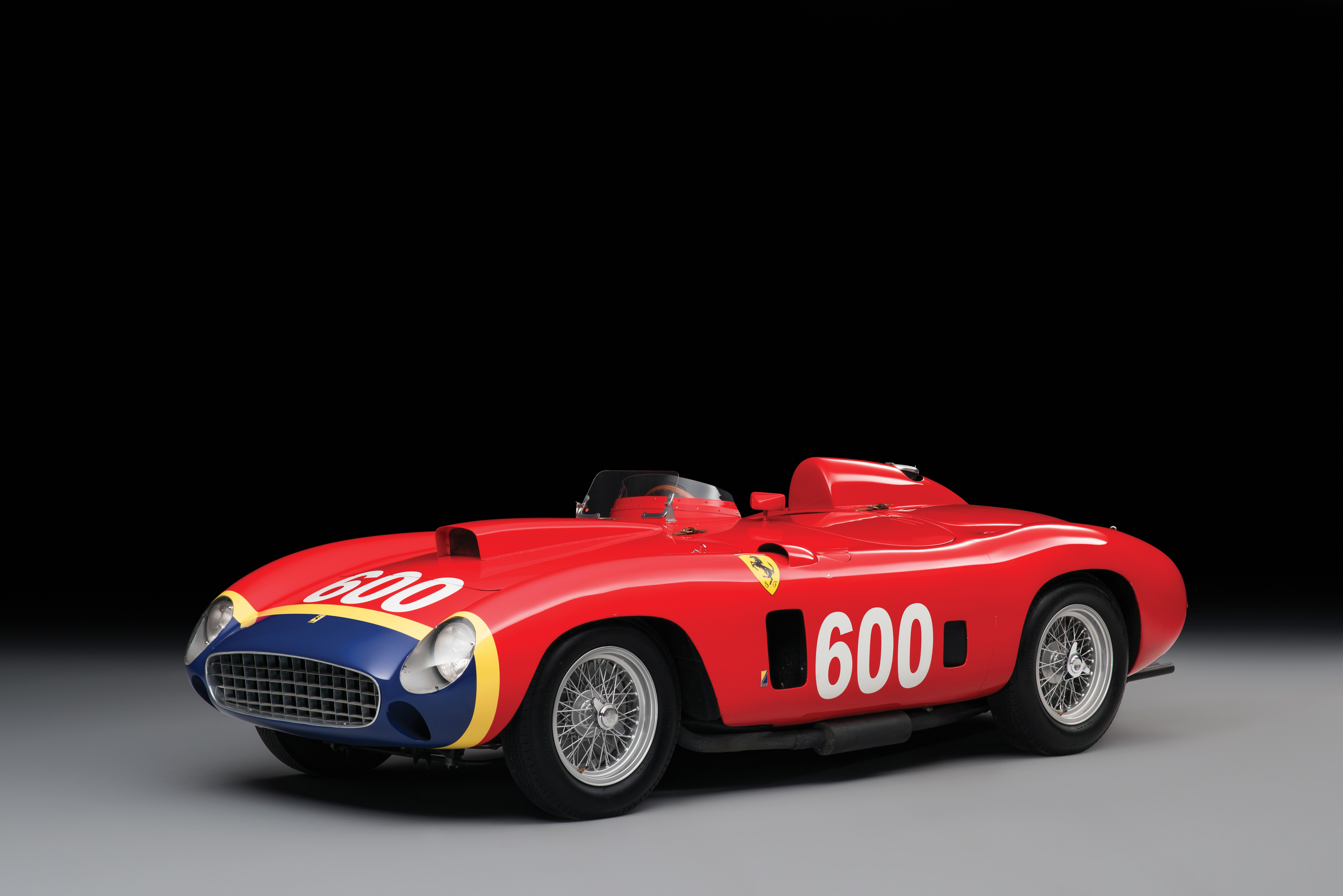 fangio s 1956 ferrari gets sold for 28 million autoevolution. Black Bedroom Furniture Sets. Home Design Ideas